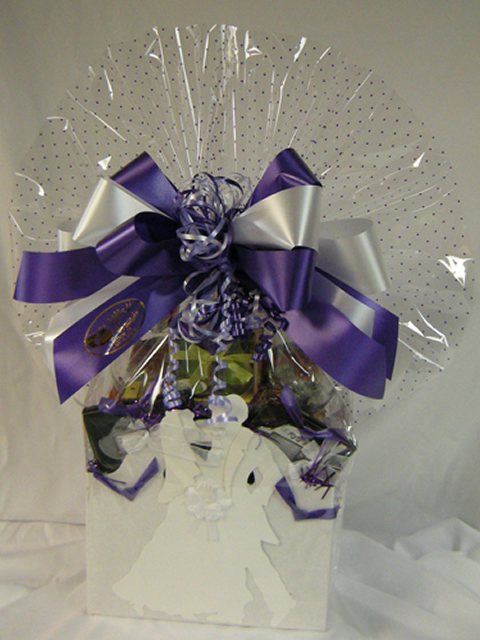 Wedding-Gift-Basket
